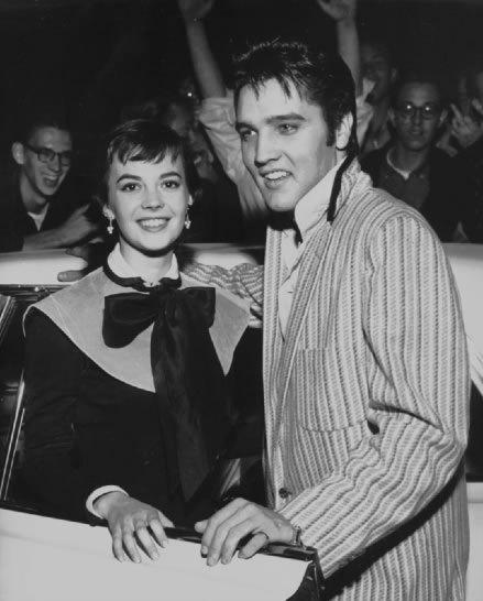 Natalie en Elvis (31-10-56)