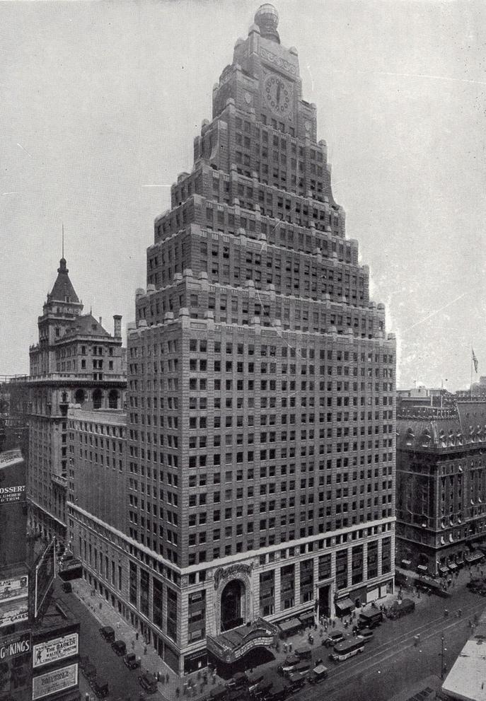 paramount building - kopiec
