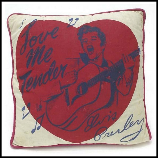 08 1956 EPE Pillow 01