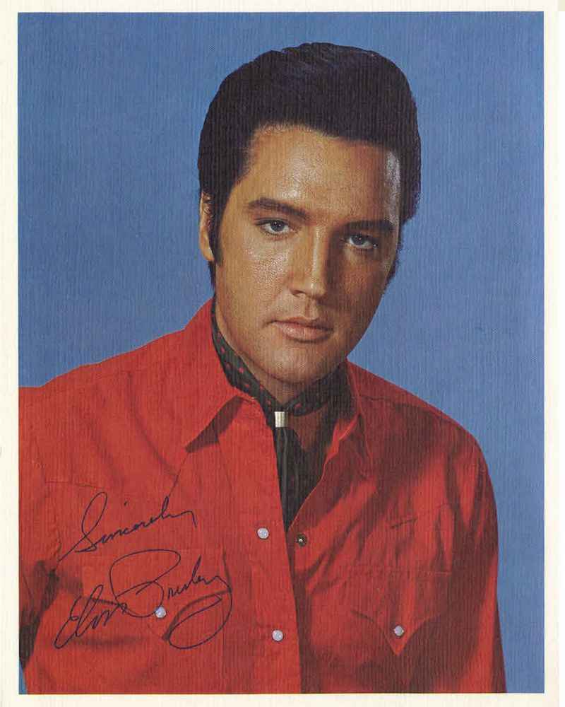 1969-07 International Hotel, Las Vegas Nevada Presents Elvis, August 1969 (Box Set) photo (8x10)