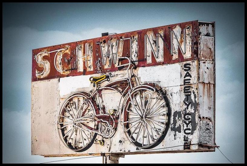 Schwinn sign 01