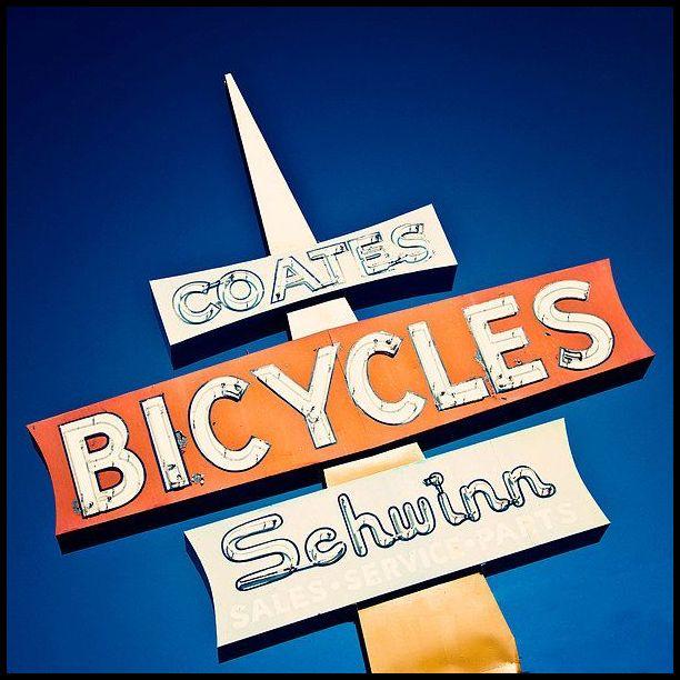 Schwinn sign 02