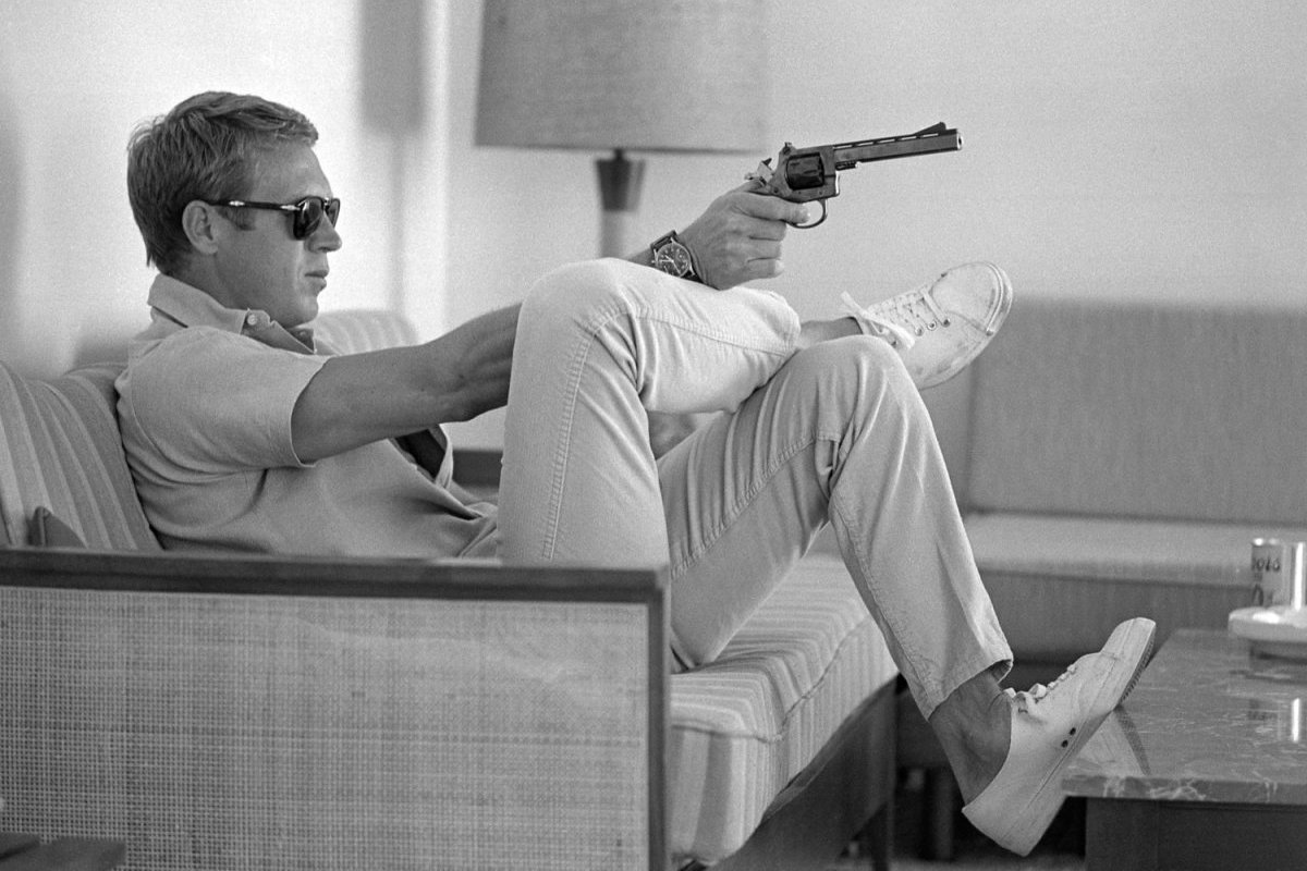 Steve McQueen - John Dominis (1963) at home 04