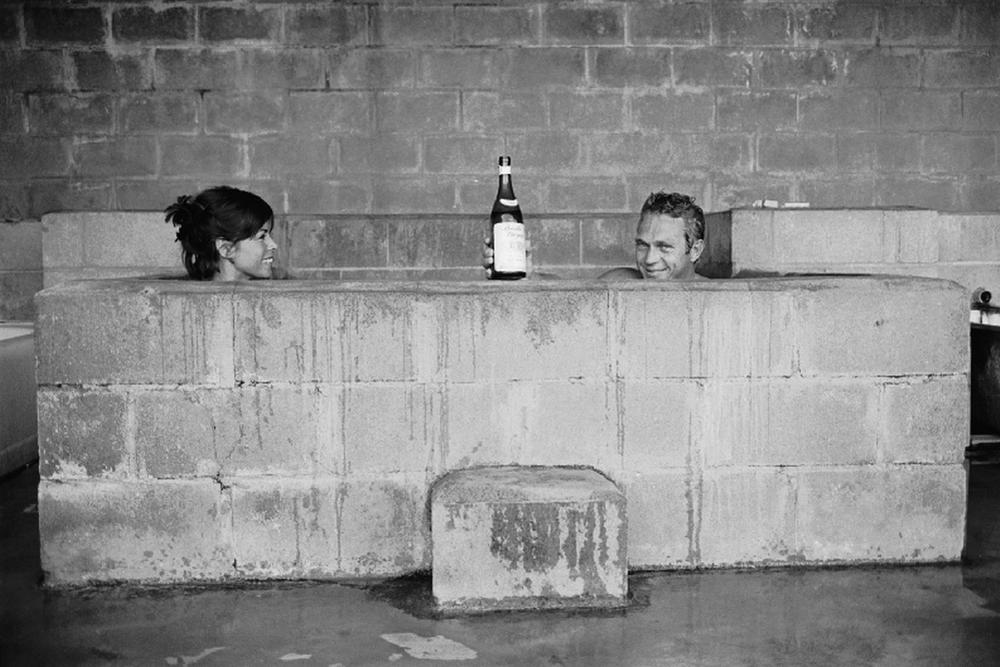 Steve McQueen - John Dominis (1963) sulphur bath 01