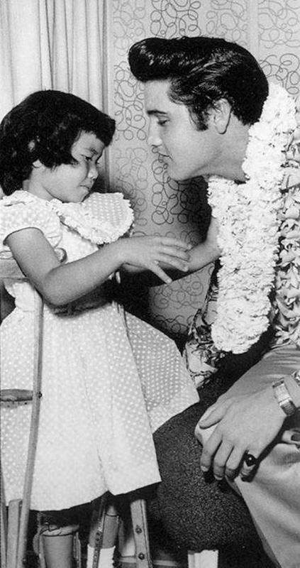 1957-11 Hawaii 1