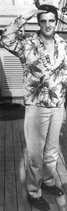 1957-11 Hawaii 2