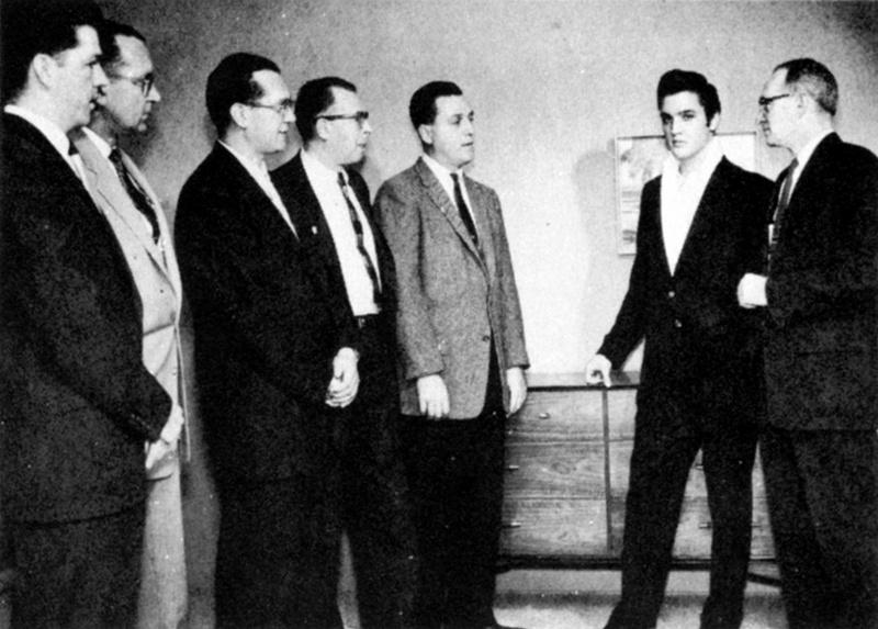 Elvis Hungerford shoot December 1956 (100) (Kari)