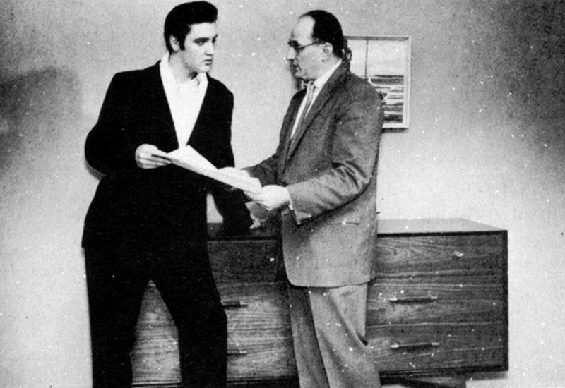 Elvis Hungerford shoot December 1956 (300)