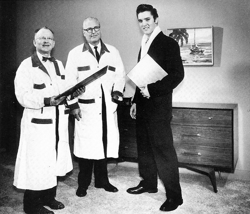 Elvis Hungerford shoot December 1956 (401a) (Elvis World)