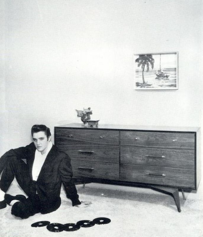 Elvis-Hungerford-shoot-December-1956-503