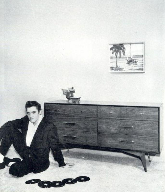 Elvis-Hungerford-shoot-December-1956-503