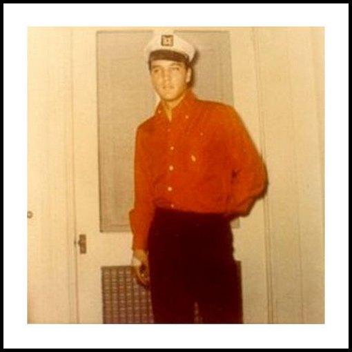 Gary Pepper 1961 Graceland candid 01
