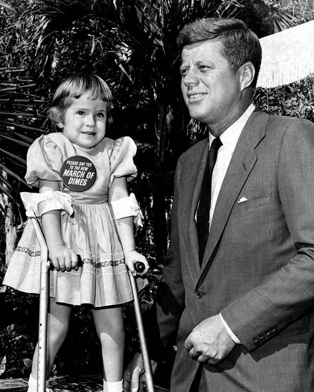 JFK with Linda Breese (December 31, 1960)
