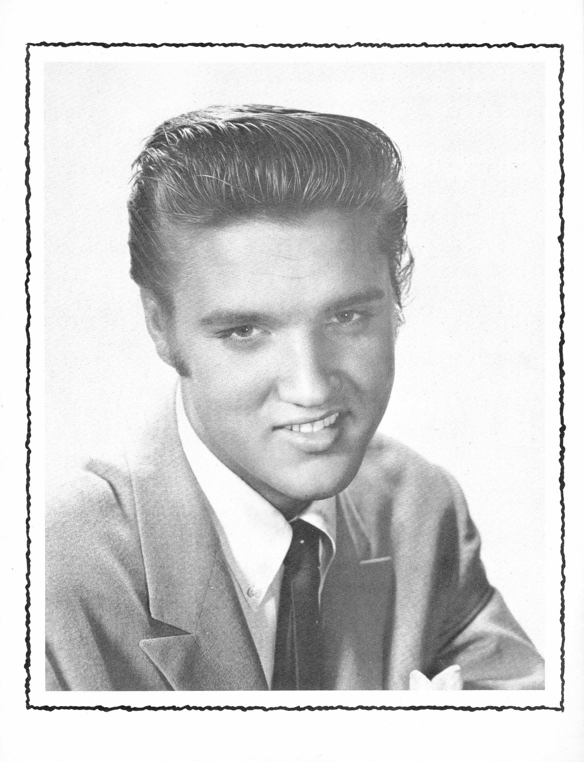 Elvis Presley Souvenir Photo Album (Juan Luis) 08